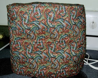 Reversible quilted stand mixer cover - paisley and green with paisley trim