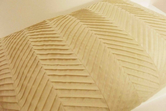 Modern Natural Beige Zig Zag Pleated Pillow Cover In Size 20