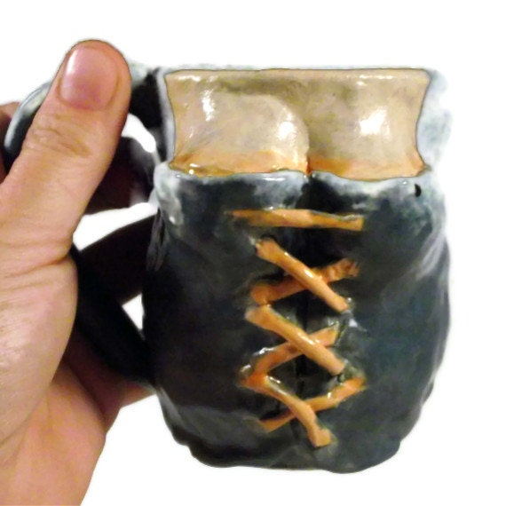 Bodice Mug: Serving Wench in Blue and Orange