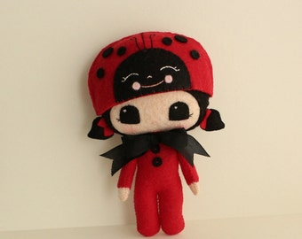 Peek-a-Boo Lady Bug pdf Pattern - Instant Download