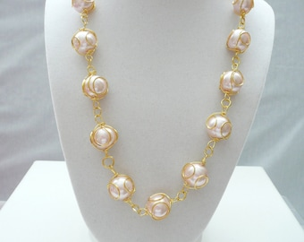 nnb-Pink Glass Wire Wrapped Pearl Necklace with Gold Clasp