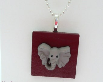 nnm-University of Alabama inspired Pendant on a Silver Plated Chain