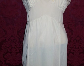 VIntage 50s Nylon and Lace Slip By Movie Star