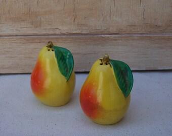 Pear Salt and Pepper Shakers - Ceramic Pears - Made in Japan