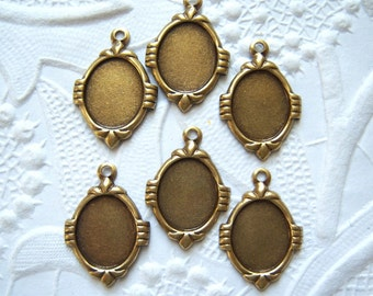 6 - Antiqued brass Art Deco 10x8mm oval settings - NT150