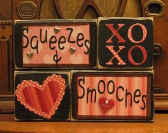Valentines Day Decor - Valentine Blocks - Squeezes & Smooches Valentine Sign