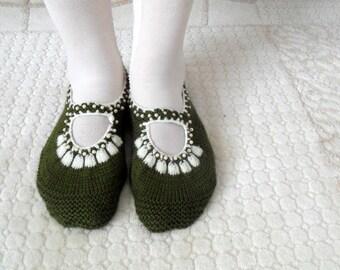 SALE Women socks, Handmade Slippers, Turkish Knitted Slippers, Authentic footwear, Stylish foot wear, Military Green Slippers