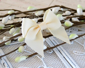 12 pcs Adorable IVORY Cream Grosgrain Butterfly Small Bows, Fabric Bows Tie, Hair accessories.