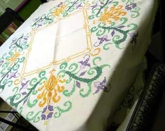 Superb Vintage Linen Tablecloth Cross Stitched Embroidered Table Cloth 9623