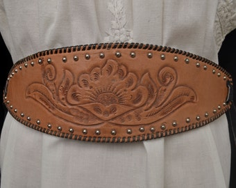 Vintage 70s Leather Belt // Vintage STUDDED and TOOLED LEATHER Belt Artisan