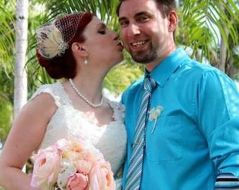 Wedding Hair Clip, Bridal Fascinator,French Net Bridal Veil,Vintage Style Brooch, Feather Fascinator, Ivory Wedding Fascinator, Bridal Veil