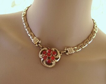 Vintage Gold Metal Red & Clear Rhinestone Pendant Brooch Necklace