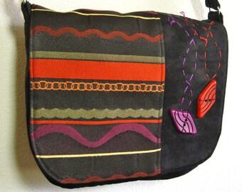 cute handbag in black, red and purple