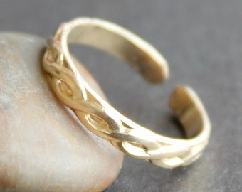 Gold Toe Ring / Adjustable Ring / Knuckle Ring - Rope Pattern in Gold-Filled