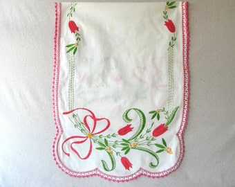 Vintage Embroidered Dresser Scarf