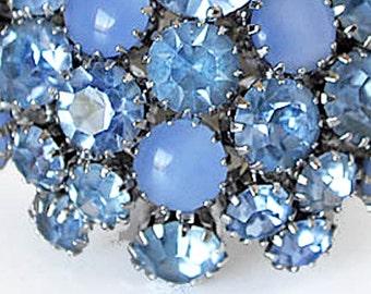 Vintage Warner Blue Cluster Brooch