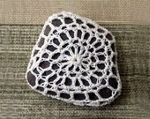 Rustic Crochet Lace Stone, Thread Art, Natural Rock, Woodland Table Decoration, Feng Shui Decor