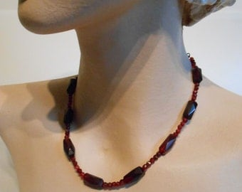 Lady Mary Burns Hotly - Vintage 1920s 1930s Facet Cut Glass Oxblood & Ruby Coloured Bead Necklace
