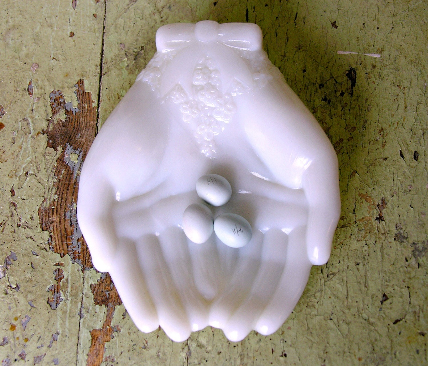 Vintage White Milk Glass Hand Dish For Soap Rings Jewelry