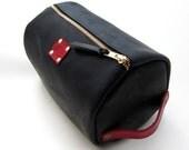 Mens Leather Shaving Bag, Black and Red Leather Large Dopp Kit, Mens Travel Bag, Toiletry Case, Groomsmen Gift, Personalized Gift, Monogram