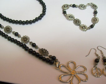 45 percent off ... Peace Sign and Flower Jewelry,  2 piece Black and Silver Jewelry Set... Necklace and Earrings  ..  item#PFJS27