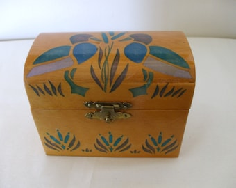 Wooden Recipe Box with Mallards and Cattails on lid.  Very Folk Art