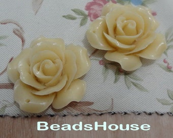 20%off:  2pcs Pretty Rose Cabochon 34mm (0657-691) -Pale Ivory