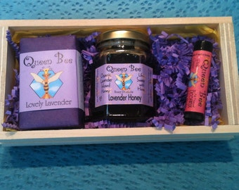 Lavender honey gift box by Queen Bee Honey in Massachusetts