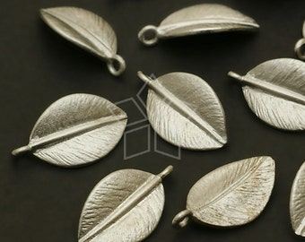 PD-544-MS / 4 Pcs - Tiny Single leaf Charms, Matte Silver Plated over Brass / 7.7mm x 13mm
