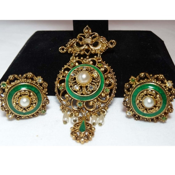 Florenza Brooch and Clip-on earrings set  Accessories Jewelry Vintage Jewelry Rhinestone Jewlery Set