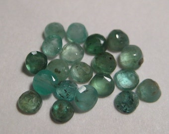 Colombian Emeralds  ...     20 pieces ......  faceted gemstone ...     2.7 -  3 mm...............       a1317