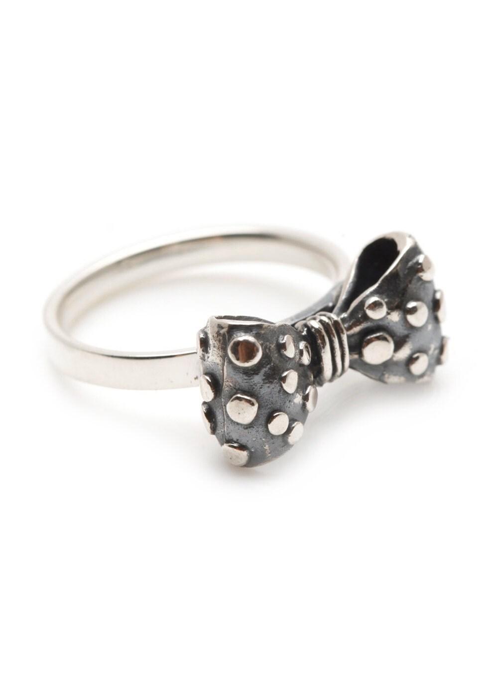 Ring Bow Il Gioiello Personalizzabile Con La Tua Nailart: Silver Bow Ring Oxidized Polka Dot Sterling By