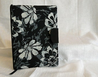 Notebook Cover for a 9.75 in X 7.5 in notebook Black and White Flowers