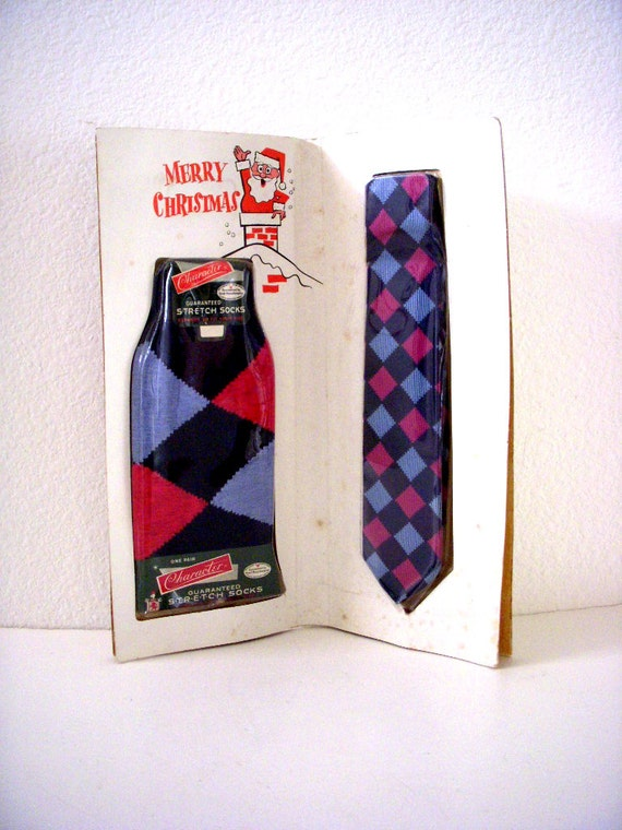 Vintage 60s Men's Argyle Socks and Tie Gift Set from Newberry's ...
