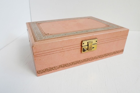 Items similar to vintage pink 60s 70s large girl woman for Girls large jewelry box