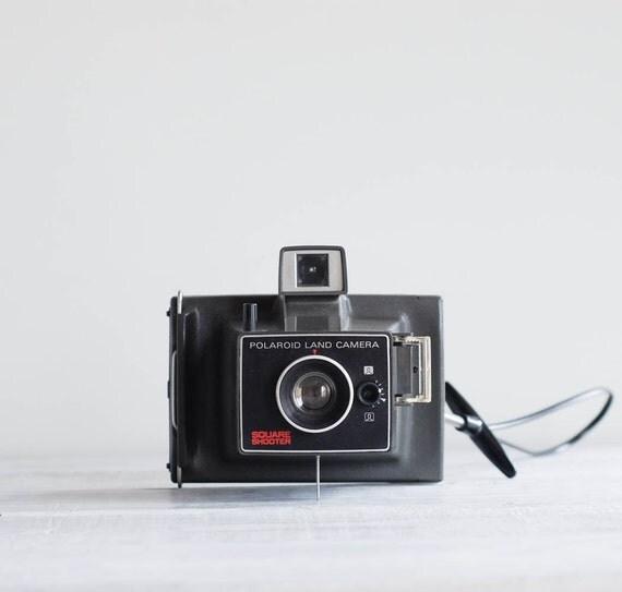 1970s Polaroid Square Shooter Camera / Vintage Polaroid Land Camera