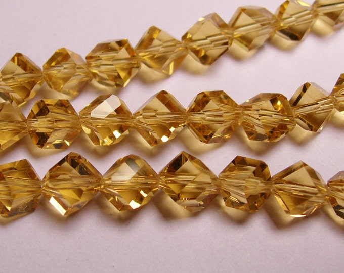Crystal faceted cube  -  70 pcs - full  strand - 6 mm - A quality -yellow  topaz color - corner drill