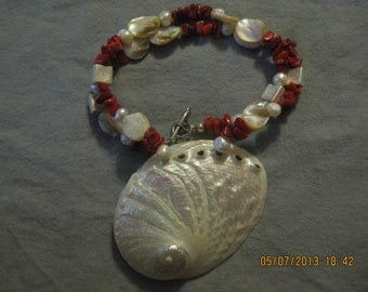 ON SALE: Pearls and Shells Necklace