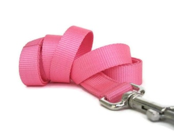 Bubblegum Pink Nylon Dog Leash