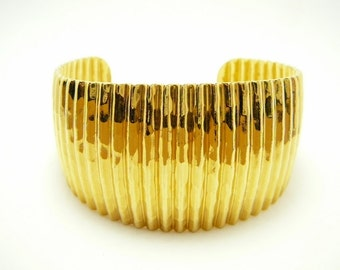 Vintage Wide Gold tone cuff bangle bracelet