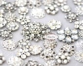 SALE 50 Large Assorted Rhinestone Button Brooch Flatback Embellishment Pearl Crystal Wedding Brooch Bouquet Cake Hair Comb Clip