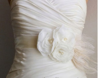 Ivory Bridal Sash Belt, Bridal Accessories, Ivory Bridal Belt, Ivory Wedding Belt  Ivory Flowers on Ivory Satin with Feathers Baylee SALE