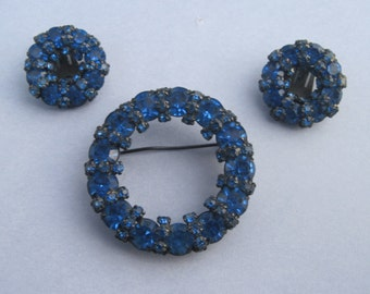 Vintage Circle Navy Blue Rhingstone  Brooch And Earring Set Signed Warner