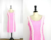 Summer Dress Pink Linen and Lace Vintage 50s /60s