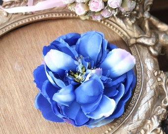 Blue  color  silk   flower  with clip  back 1 piece listing big size