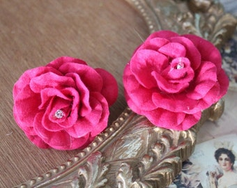 Hot pink color  flower with rhinestone 2 piece listing