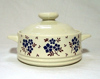 Stoneware Casserole Vintage Blue and White Country Fields Bake Serve Store
