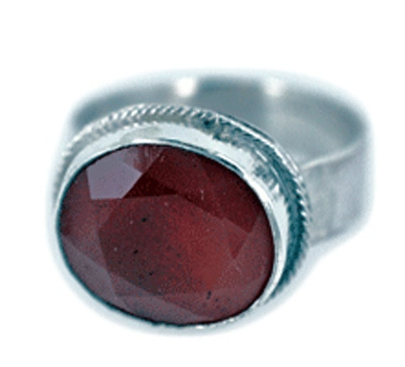 Faceted Carnelian and sterling silver ring size 6