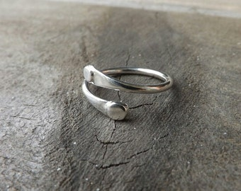 Sterling Silver Spotted Petal Ring, Hammered Ring, Modern Ring on Etsy.t