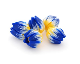 Tulip beads, Flower beads, flower pendants, focal beads, statement beads - blue and yellow flower buds polymer clay - 5 pcs